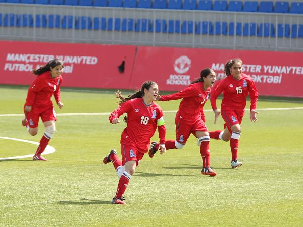 İki futbolçumuz Rusiya klubuna transfer oldu