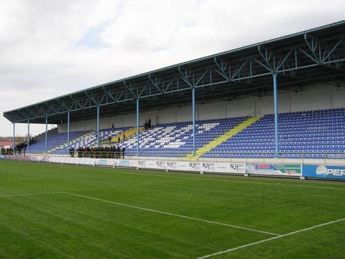 Tovuz şəhər stadionu avadanlıqlarla təmin olunacaq -