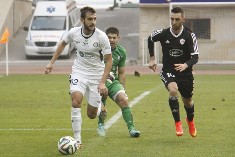 Muarem is shown during the game