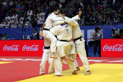 Cüdoçularımız AÇ-nin komanda yarışlarında bürünc medal qazandılar
