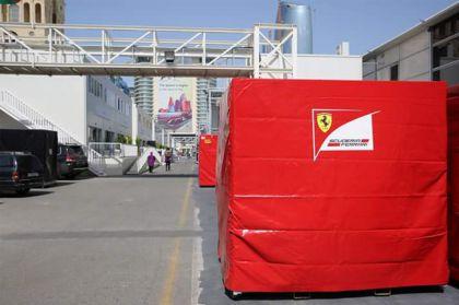 Formula-1 avandanlıqlarından ibarət ilk yük konteynerləri Bakıya gətirilib