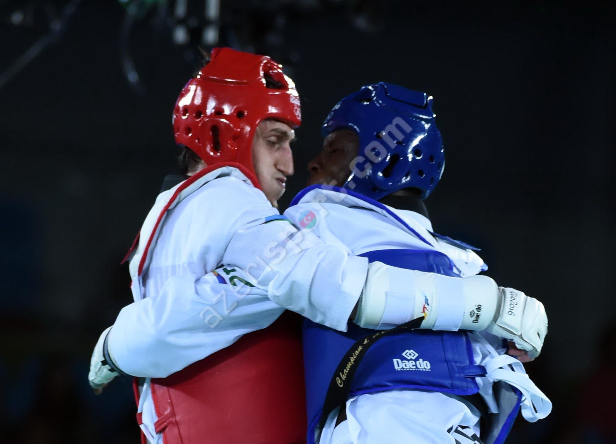 Азербайджанский таэквондист вышел в ¼ финала Олимпиады вРио