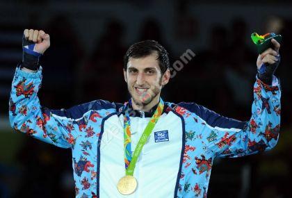 Азербайджанский тхэквондист Исаев завоевал золото вкатегории свыше 80кг наОИ
