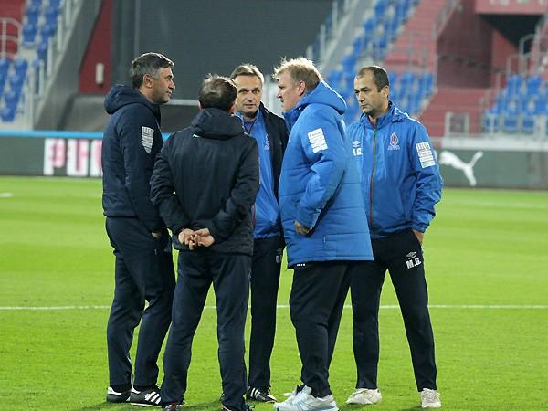 Стивен Сигал поддержал сборную Азербайджана перед матчем сНорвегией