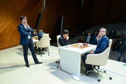 Карякин обыграл Топалова впятом туре шахматного мемориала Гашимова