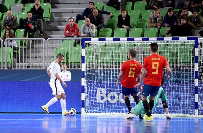 Сборная команда Азербайджана пофутзалу преждевременно вышла в ¼ финала Чемпионата Европы
