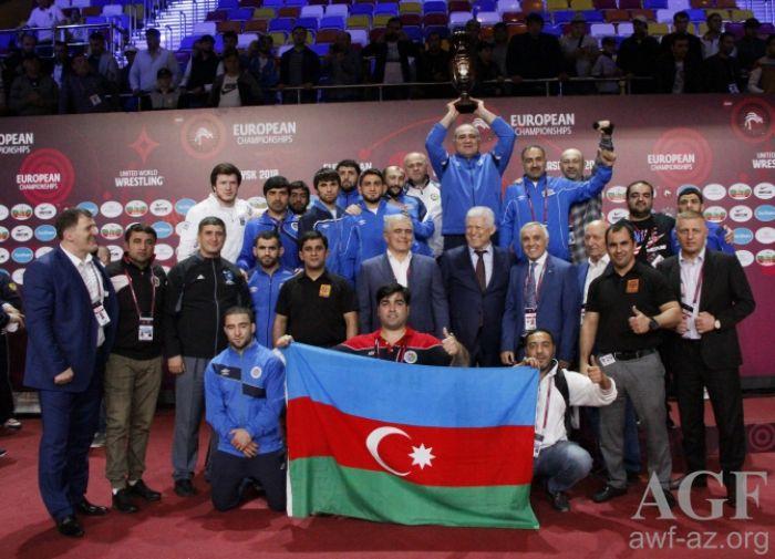 Приятно вфиналеЧЕ одолеть спортсмена, насхватках которого вырос— Артур Найфонов