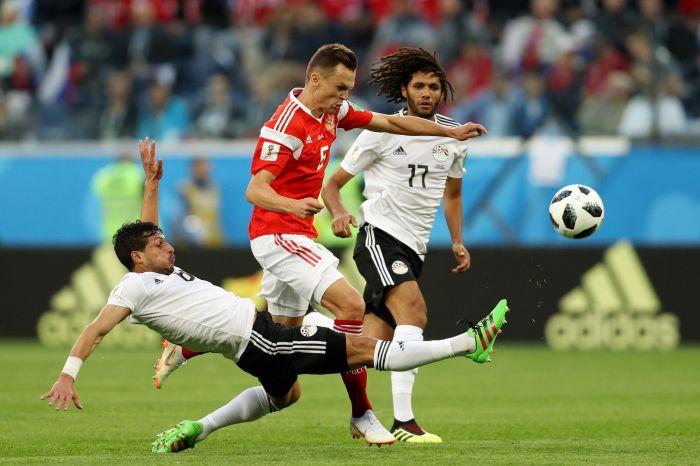 Япония выиграла уКолумбии вматче группового этапа чемпионата мира