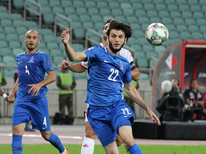 Xorvatiyada olan futbolçumuz Rəşad Sadıqovu təriflədi